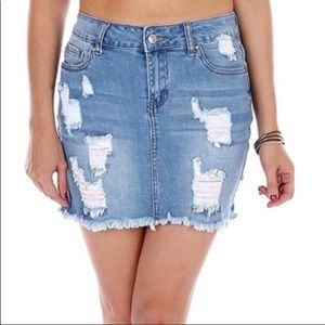 Wax Jean Los Angeles Distressed Denim skirt Small